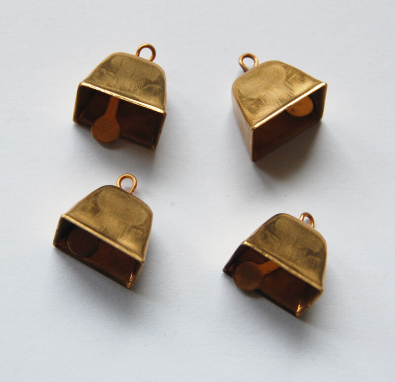 VINTAGE 4 SMALL SQUARE BRASS METAL BELL BELLS WORKS • 1/2 inch tall