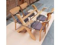 Oak table with 4 chairs and glass top