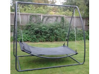 Large stand-alone hammock