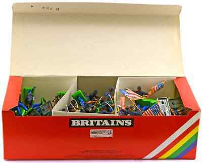 Britains Deetail Federal Infantry 48 Figures 7450 mint in counter pack