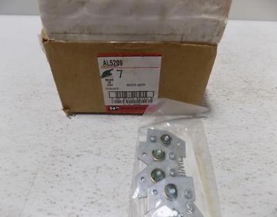 Wiremold Qty 7 In Box 5 Per Bag Grounding Adapter Al5209 Nib