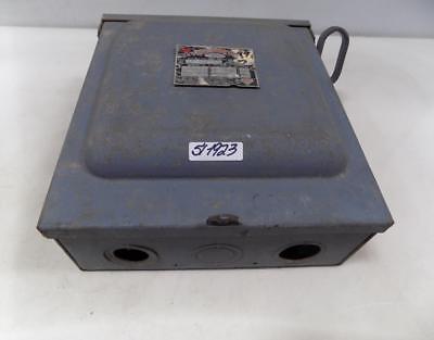 Wadsworth 3 Pole 240ac Breaker Box 08763