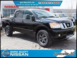 2013 Nissan Titan PRO-4X Crew Cab, Leather, Nav, Sunroof
