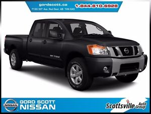 2015 Nissan Titan SL 4x4, Heated Leather, Nav, Sunroof, Clean