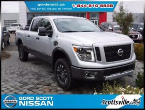 2017 Nissan Titan XD Diesel PRO-4X 2-Tone, Leather, 1 Owner