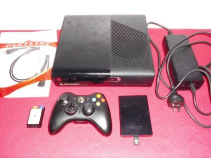 ★XBox 360 E Console, Controller & Any 1 Game (from 100+)