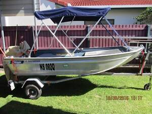 STESSL 3.4 EDGETRACKER WITH 15HP JOHNSON OUTBOARD Eli Waters Fraser Coast Preview