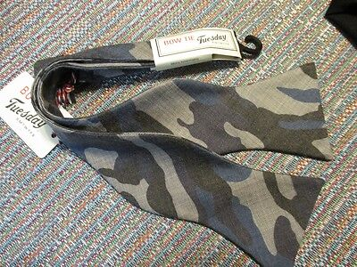 Bow Tie Tuesday Polyester Blue Green Camouflage  Bow Tie SR$40 NEW