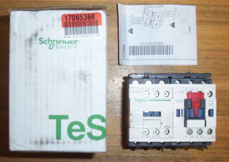 SCHNEIDER ELECTRIC CONTACTOR 3DY68 LC2D12G7V 3 POLE - FAST SHIP - NEW!