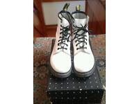 Ladies Dr Martens boots size 5