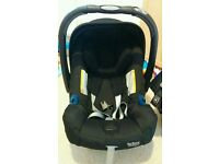 Britax Baby Safe PlusSHR II Infant Carrier Group 0 and ISOFIX Car Base included