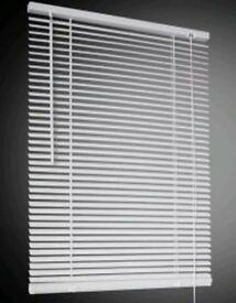 Job Lot 12 x White PVC Venetian Blinds Offer 120 x 152cm Drop