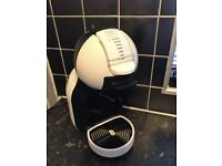 Nescafé Dolce Gusto Coffee Machine Includes Pods
