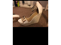 Brand new, unworn, river island white wedges / sandals / heels - size 5