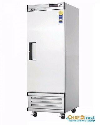 Everest Ebwr1 One Section Solid Door Upright Reach-in Refrigerator