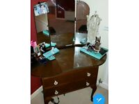 FREE 40S DRESSING TABLE UPCYCLE PROJECT. COLLECTION ONLY