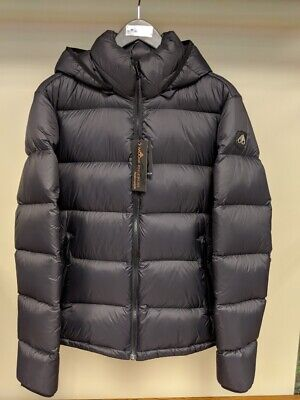 Moose Knuckles Men's Size Large Whitewood Puffer Jacket, Black