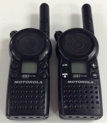 Motorola Cls1110 5-mile 1-channel Uhf 2-way Radio Good Condition Lot Of 2