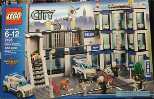 LEGO city set 7498 Police station