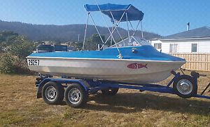 Boat and tandem trailer Dunalley Sorell Area Preview