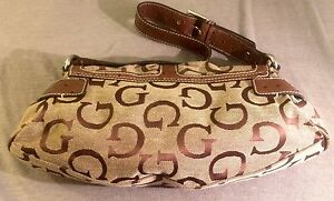 Guess Ostrich & Jacquard Shoulder Bag Belleville Belleville Area image 5