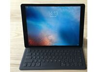 iPad pro 12.9 32GB space grey boxed with apple keyboard stand mint condtion less than 3 months old