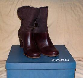Ecco ladies brown boots