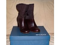 Ecco ladies brown boots