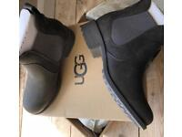 UGG Chelsea boots size 4.5