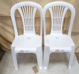 2x White Plastic Chairs