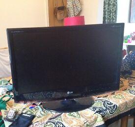 LG Flatscreen TV 27inch - FOR PARTS/REPAIRS