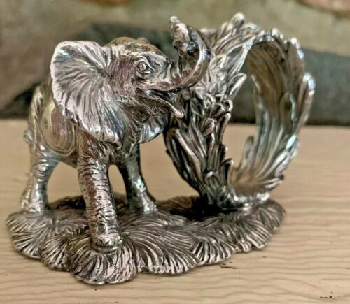 Reed & Barton silverplate elephant napkin ring pre-owned 1824 series