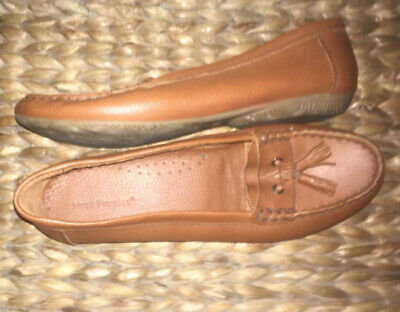 Hush Puppies Womens Tan Leather Moccasins 40/6.5 Narrow Fit