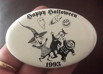 RARE 1993 Disney NIGHTMARE BEFORE CHRISTMAS Happy Halloween PINBACK PIN Free Shi ()