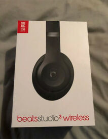 Beats studio 3 matte black wireless.