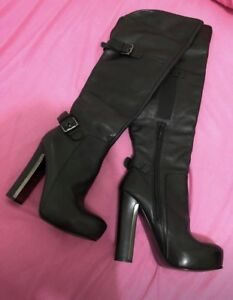 Guess boot, fit in size 5