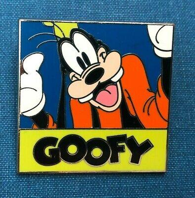 disney trading pin goofy selfie autograph signature picture dog vintage souvenir