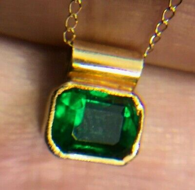 14k Yellow Gold 1.5 Carat Emerald Slide Pendant & Chain. -