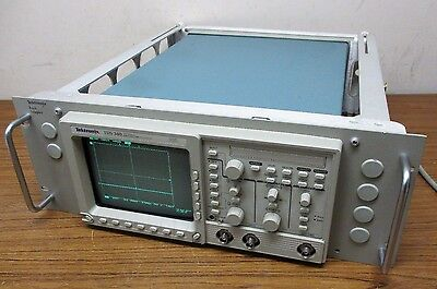 Tektronix Tds340a 100mhz 500mssec Digital Real Time Oscilloscope
