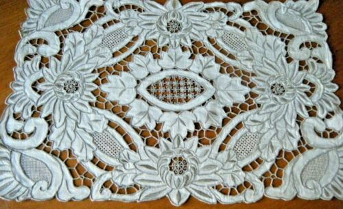 Exscuisit Old  Antique Madeira placemats topper hand needle lace work flowers