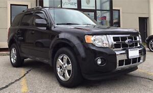 Ford Escape Limited 4x4 V6 Sunroof Leather Low KM,  Loaded!