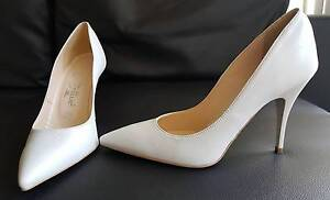 Elegant White Heels Hornsby Hornsby Area Preview