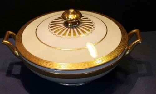 H&Co Heinrich Selb Bavaria Gold Trim Oval Covered Vegetable, Senta, excellent