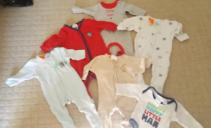 Baby boy clothing premmie/size 00000