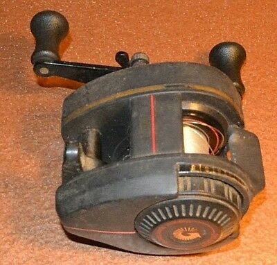 Vintage Zebco Pro Staff Model 110 Low Profile Baitcaster Casting Reel for sale  Watervliet