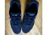 Mens blue Nike air max trainers size 11