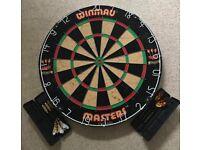 Winmau Dartboard + 6 Darts + Flights BDO Masters England Bundle