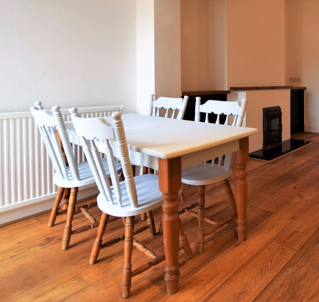 Pine Part Painted Dining Table And 4 Chairs EXETER