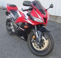 2009 Honda CBR600RR 33.17$*/sem Tout Tout inclus