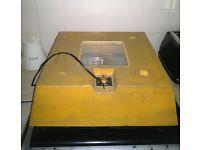 BRINSEA Polyhatch Incubator